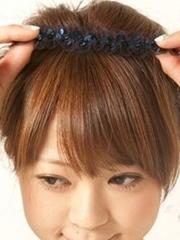 清新甜美的韩式花苞头扎法图解[4P]