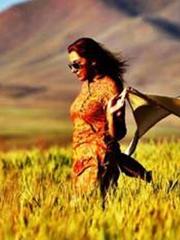 伊朗女子曬摘掉面紗照片 長發隨風飛舞暢享自由[7P]