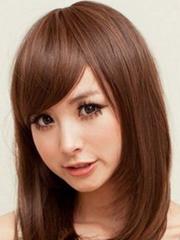 好看的女生斜刘海发型图片[5P]