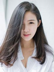 时尚女士中长发发型图片[5P]