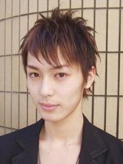 男生中长碎发发型设计图片[11P]