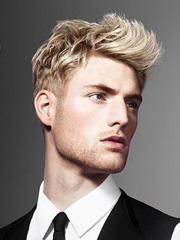 男人味莫西干发型图片[4P]