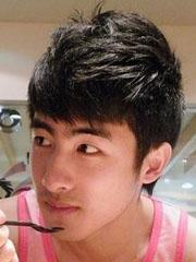 时尚男生短发烫发发型图片和名称[8P]