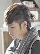 男士扎辫子发型图片 帅并美着[5P]