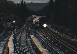 火車鐵軌的圖片_12張
