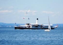 正在航行的輪船圖片_15張