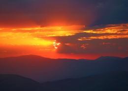 絢麗多彩的天邊火燒云圖片_12張