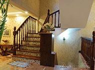 時尚創意十足的樓梯裝修效果圖