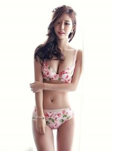 韩国女神孙允珠性感内衣高清写真