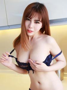 巨乳内衣模特沐子熙V高清无水印图片