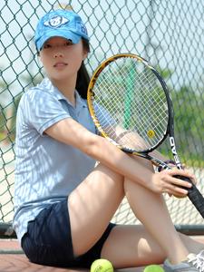 蓝色清新网球少女活力魅力休闲写真