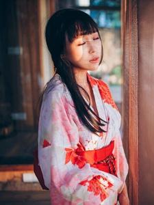 日系和服艳丽美女安静温柔大方