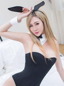 性感平安彩票app凰帝兔女郎制服诱惑写真