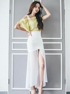 氣質美女高跟白紗長裙美腿宜人