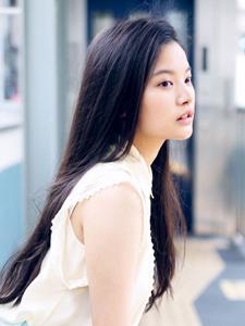 织田梨沙冷艳清丽的小女人