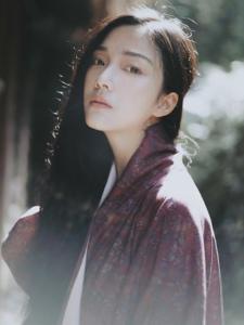 漂亮的素顏日系美女私房浴衣憂郁寫真