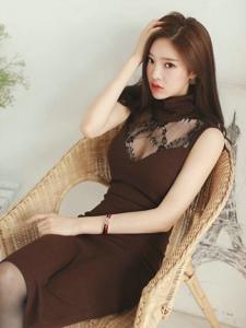 椅子翘腿美模蕾丝裙甜美高雅秀身段