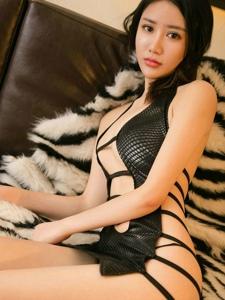 美艳御姐黄香香高跟美腿诱惑惹火