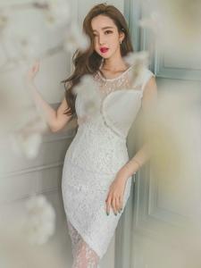 透视蕾丝白裙美模灵动轻盈展朦胧美