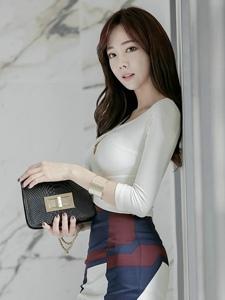 韩国裹臀职业装高跟职场平安彩票app俏丽迷人写真