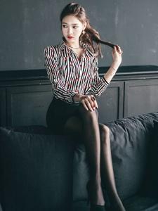 韩国平安彩票app朴正允黑丝美腿职业装诱惑写真