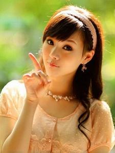 养眼美少女甜美迷人温馨俏皮写真