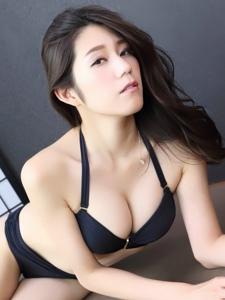 日系美女藤木美咲儿私房美照性感迷人