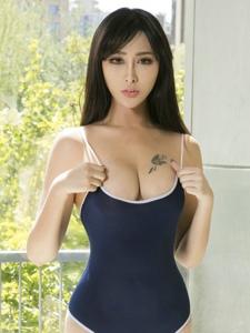 美女模特孟狐狸透视内衣写真美乳呼之欲出
