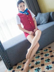 性感空姐Wendy智秀制服肉絲美腿寫真誘惑