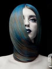 时尚杂志妆容发型大片