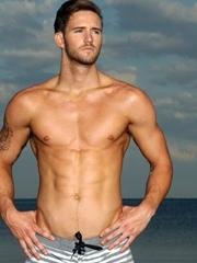 肌肉男高清壁纸图片