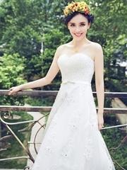时尚新娘吕佳容