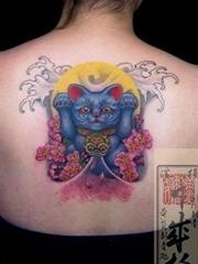 蓝色招财猫纹身图案