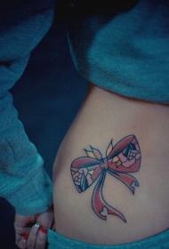 美女侧腰粉色蝴蝶结纹身图案