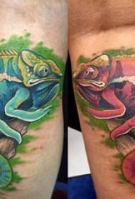 男生腿上彩繪技巧創意變色龍紋身圖片