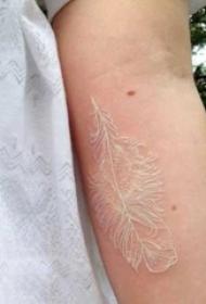适合女生的白色简单线条唯美隐形纹身图案
