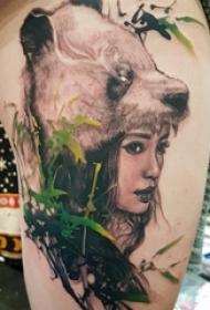 女生人物纹身图案 女生大腿上小熊猫纹身图片