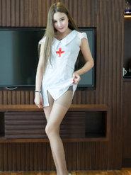 极品美女护士Kiren性感迷人图片