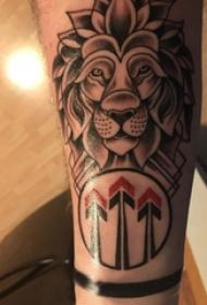 獅子頭紋身歐美 男生手臂上獅子頭紋身圖片