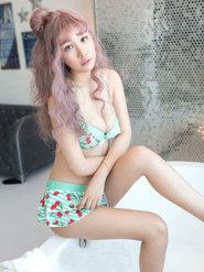 爆乳模特美女美盺Yumi比基尼誘惑高清圖集