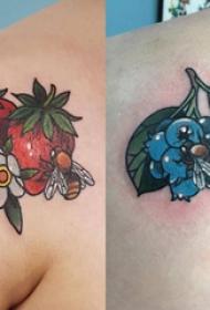 后肩紋身 女生后肩上植物和蜜蜂紋身圖片