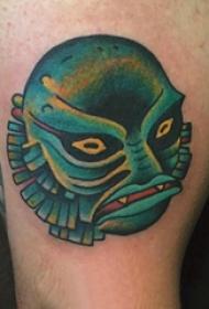 彩绘纹身 男生小腿上彩色的怪物纹身图片