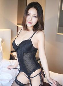 平安彩票app模特小魔女奈奈豪乳黑丝美腿诱惑无限