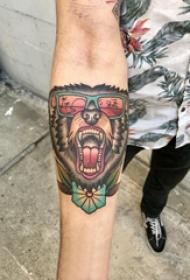 百乐动物纹身  男生小臂上彩绘的百乐动物纹身图片