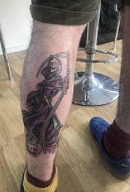 死神鐮刀紋身圖案  男生小腿上死神和鐮刀紋身圖片