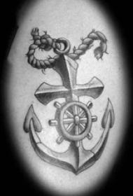 欧美船锚纹身  写实风格的欧美船锚纹身图案