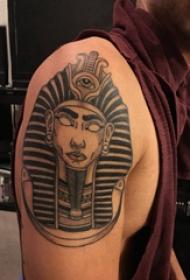 法老王纹身 男生大臂上黑色的埃及法老纹身图片