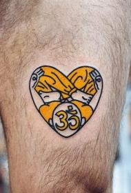 心脏纹身图案    身体各个平安线路导航彩绘纹身和写实纹身的心脏纹身图案