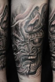 飞龙纹身图  霸气外漏的飞龙纹身图案