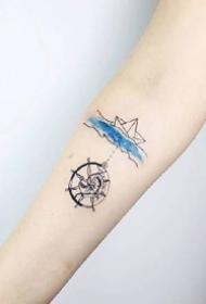 简约手臂小清新纹身_9张胳膊上的简约小清新纹身图案欣赏